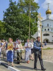 30 июля 2018 года по благословению Митрополита Псковского и Порховского Тихона состоялся традиционный ежемесячный крестный ход вокруг города Пскова.
