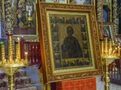 Мироточивая икона вмч. Пантелеимона