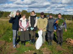 29 сентября 2018 года состоялась поездка учащихся и преподавателей кафедры Теологии ПсковГУ  в Спасо-Елеазаровский женский монастырь для помощи в уборке урожая моркови.