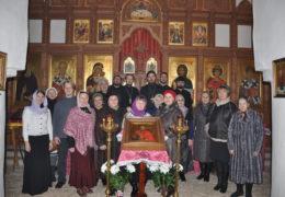 В храме великомученика Георгия Победоносца (со Взвоза) состоялась праздничная Божественная Литургия.