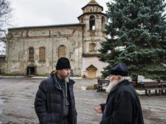 5 декабря 2018 года в городе Пскове на подворье Свято-Успенского Псково-Печерского монастыря состоялся Архиерейский совет Псковской митрополии.