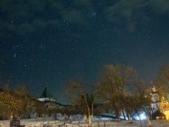 6 декабря 2018 года митрополит Псковский и Порховский Тихонсовершилночную Божественную литургию в Свято-Успенском Псково-Печерском монастыре.