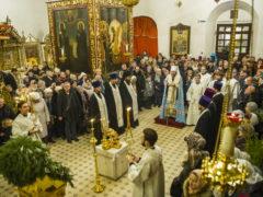 Вечером 6 января 2019 года, накануне Рождества Христова, митрополит Псковский и Порховский Тихон совершил Великую вечерню и Утреню в Свято-Троицком кафедральном соборе города Пскова.