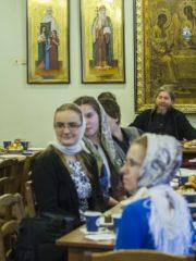 7 марта 2019 года митрополит Тихон провел встречу с участниками Объединенного совета обучающихся Псковского государственного университета.