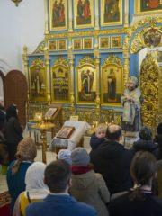 16 марта 2019 года, в день прославления иконы Божией Матери «Державная», митрополит Псковский и Порховский Тихон совершил Божественную Литургию в Спасо-Елеазаровском женском монастыре.