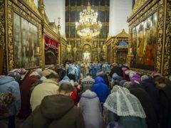 Вечером 6 апреля 2019 года, накануне Благовещения Пресвятой Богородицы, митрополит Псковский и Порховский Тихон возглавил Всенощное бдение в Свято-Троицком кафедральном соборе города Пскова.