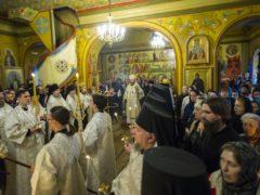19 апреля 2019 года, накануне Лазаревой субботы, митрополит Псковский и Порховский Тихон возглавил вечернее богослужение в Сретенском храме Свято-Успенского Псково-Печерского монастыря.