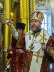 18 мая 2019 года, накануне Недели 4-й по Пасхе, митрополит Псковский и Порховский Тихон возглавил Всенощное бдение в Михайловском соборе Свято-Успенского Псково-Печерского монастыря.