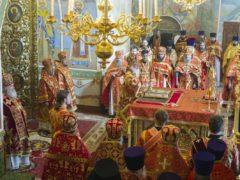 В Псковской епархии прошли торжества по случаю 80-летия митрополита Евсевия (Саввина).