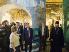 В Пскове прошло совещание по сохранению ансамблей Псковских монастырей.