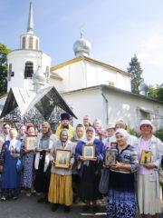 15 июля 2019 года состоялся традиционный ежемесячный крестный ход вокруг города Пскова.