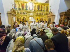 Вечером 24 августа 2019 года, накануне Недели 10-й по Пятидесятнице, митрополит Псковский и Порховский Тихон возглавил Всенощное бдение в Трехсвятительском соборе Спасо-Елеазаровского монастыря.