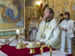25 августа 2019 года, в Неделю 10-ю по Пятидесятнице, митрополит Псковский и Порховский Тихон совершил Божественную Литургию в Свято-Троицком кафедральном соборе города Пскова.