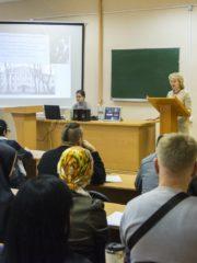 Как построить крепкую семью, обсудили российские и зарубежные теологи на VI Свято-Тихоновской конференции в ПсковГУ.