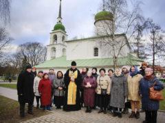 19 декабря 2019 года состоялся традиционный ежемесячный крестный ход вокруг города Пскова.