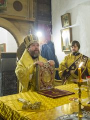 Проповедь митрополита Тихона на всенощном бдении в Свято-Успенском Святогорском монастыре.