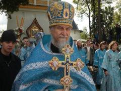 Духовные чада бывшего наместника Псково-Печерского монастыря отца Тихона (Секретарёва) отметили его 65-летие