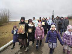 Состоялся традиционный ежемесячный крестный ход вокруг города Пскова