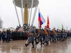 Митрополит Тихон совершил литию по погибшим десантникам 6 роты