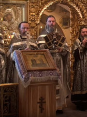 Божественная литургия в четверг пятой седмицы Великого поста (Четверток Великого канона). Трансляция богослужения