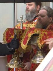 Божественная литургия в день памяти Апостола и Евангелиста Иоанна Богослова. Трансляция богослужения