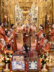 В Неделю 3-ю по Пасхе, святых жен-мироносиц, митрополит Псковский и Порховский Тихон совершил Божественную литургию в Псково-Печерском монастыре