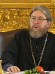 Митрополит Тихон о поправках в Конституцию России. Видео