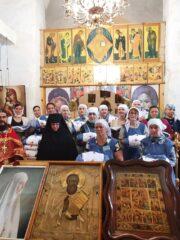 Кандидаты Свято-Елисаветинского сестричества получили право ношения сестринского облачения