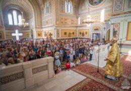 Митрополит Тихон совершил богослужение в Свято-Владимирском соборе Херсонеса Таврического