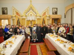 Молодежь просветительского центра имени сщмч. Илариона Троицкого посетила Псково-Печерский монастырь
