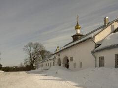 Водопровод, КНС и укрепление берега запроектируют в ансамбле Снетогорского монастыря