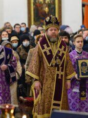 21 марта 2021 года, в Неделю Торжества Православия, митрополит Псковский и Порховский Тихон совершил Божественную литургию в Свято-Троицком кафедральном соборе города Пскова