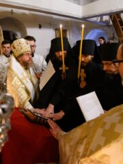 24 апреля 2021 года, в день Лазаревой субботы, митрополит Псковский и Порховский Тихон совершил Божественную литургию в Корнилиевском храме Свято-Успенского Псково-Печерского монастыря