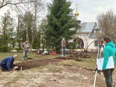 Псковские археологи начали работы на территории Снетогорского монастыря