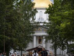 27 июля 2021 года, накануне дня памяти святого равноапостольного Великого князя Владимира, митрополит Псковский и Порховский Тихон совершил Всенощное бдение в Свято-Успенском Псково-Печерском монастыре