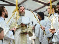 22 августа 2021 года, в Неделю 9-ю по Пятидесятнице, митрополит Псковский и Порховский Тихон совершил Божественную литургию в Свято-Успенском Псково-Печерском монастыре