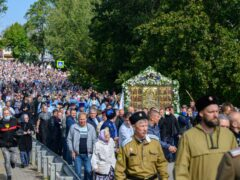 28 августа 2021 года, в празднование Успения Пресвятой Богородицы, митрополит Псковский и Порховский Тихон совершил Божественную литургию в Свято-Успенском Псково-Печерском монастыре