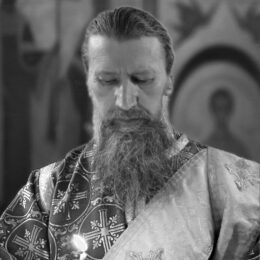 Отошел ко Господу диакон Виктор Петров